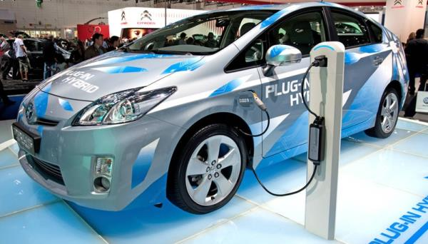 รถยนต์-hybrid